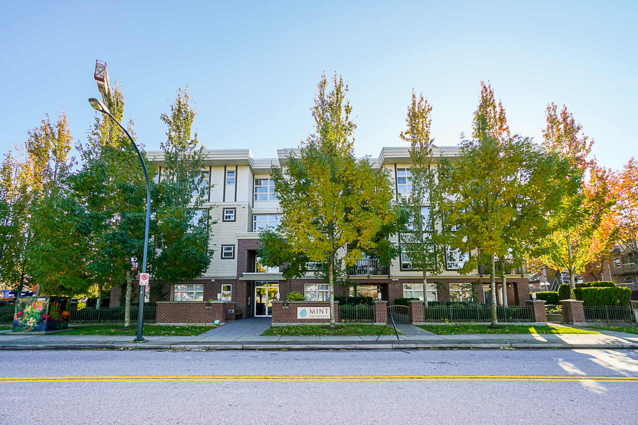 Just Listed at Mint!  307 15168 19th Ave South Surrey BC