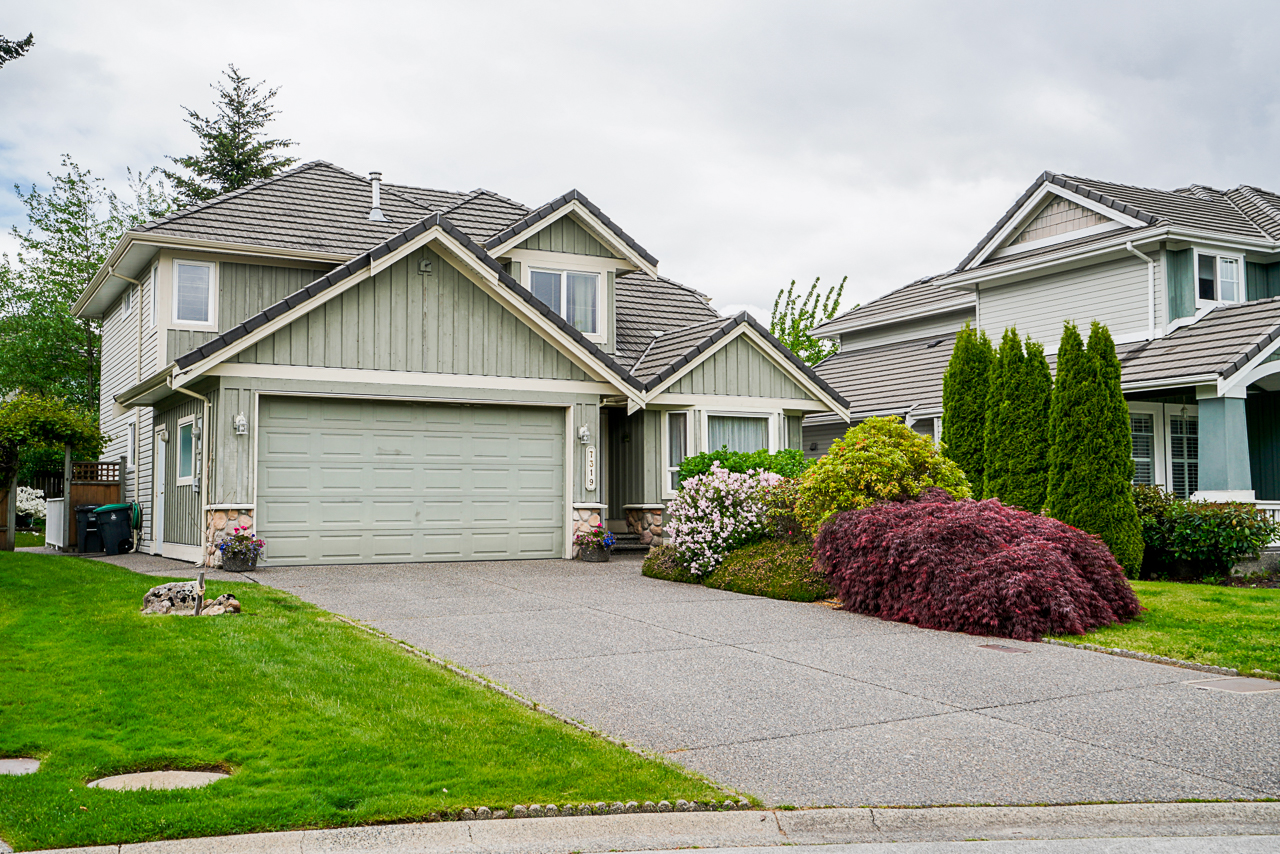 Just Listed in Chimney Heights. 7319 146a St Surrey BC